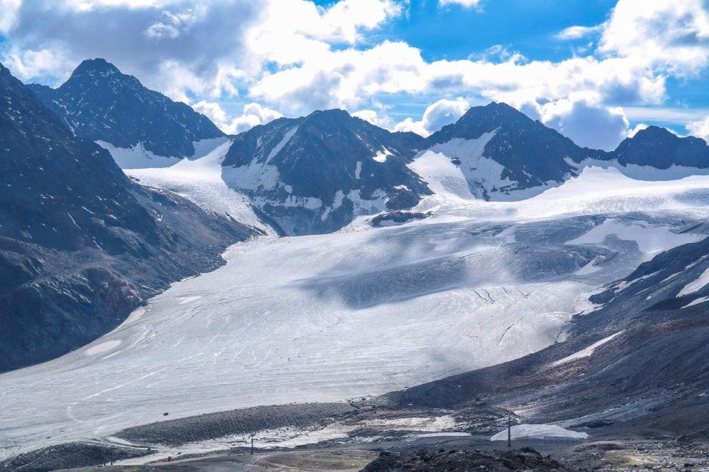 Rakouská lyžařská střediska - užijte si lyžování v Rakousku