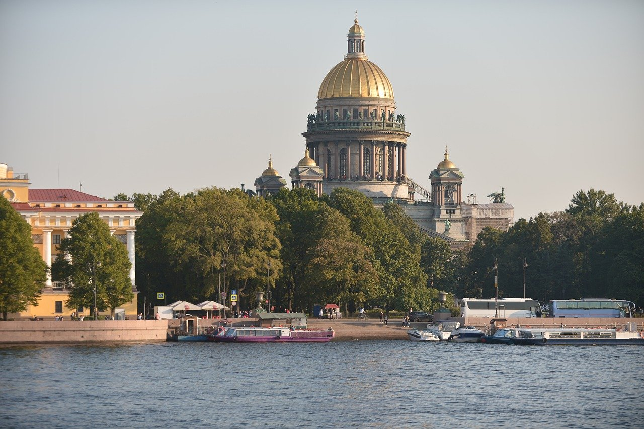 City River Port Boats Buildings  - holylcm68 / Pixabay