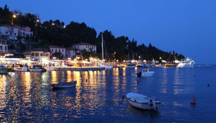Port Boats Town Evening Sea Ocean  - Josipixx / Pixabay