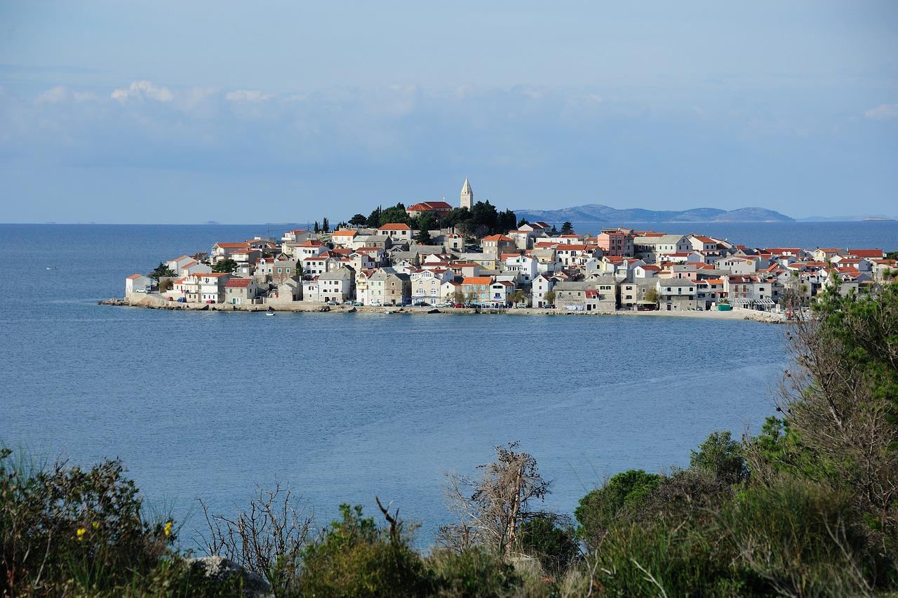 Primosten Town Sea Ocean Water  - clfoto / Pixabay